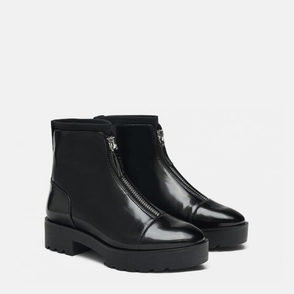 Zara Shoes - NWOT Zara Size 6 Front Zip Ankle Boots